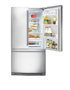 EI23BC36IS_open_refrigerator_curtos